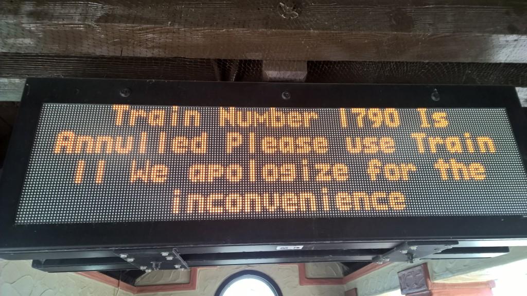 Die schlechte Nachricht am Bahnhof