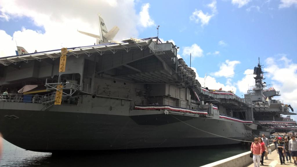 Die fast 300 Meter lange USS Midway, die bis 1992 aktiv von der Navy genutzt wurde.